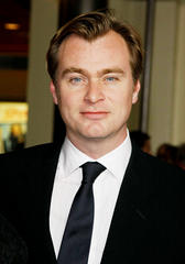 christopher nolan in 'informal talks' to helm 'bond 24'