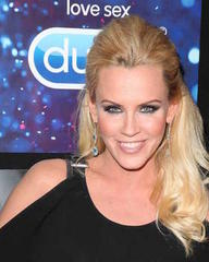Jenny McCarthy bares her boobs after accepting Lil Jon's TV dare