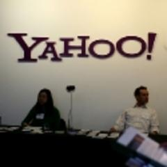 Yahoo board to meet on Sunday to decide on an all cash $1 billion to acquire Tumblr: Report