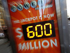 U.S. Powerball jackpot could go higher than $600 million